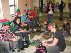 Photo: Katimavik à la pause lunch.