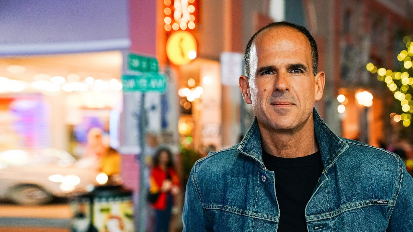 Watch Streets of Dreams With Marcus Lemonis live