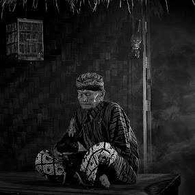 Old and Alone by Aditya Kristanto - People Portraits of Men ( old, black and white, indonesia, human interest, alone, conceptual )