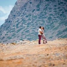 Wedding photographer Maksim Prikhodnyuk (Photomaxcrete). Photo of 17.10.2014