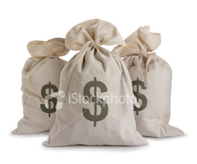 ist2_4422534_money_bags