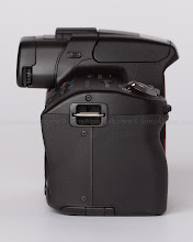 Photo: sony Alpha 35 - Right Side