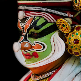 The Face Of The Chronicler-14 by Vijayanand Kandasamy - People Musicians & Entertainers ( face, dance form, kathakali dancer, traditional dance, kerala, painted faces, colours, face colours, colour, kerala traditional dance, tradition, kathakali dance, dance, dancer, kathakali )
