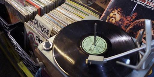 Vinyl Music Night - Bartinney Wine Bar Stellenbosch : Bartinney Wine & Champagne Bar