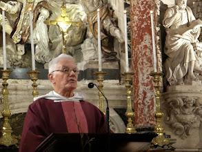 Photo: Kazatelem při mši byl fr. Alain.
