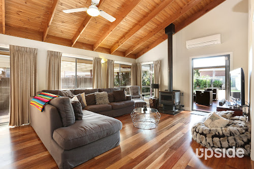 Photo of property at 25 Robinson Street, Jacana 3047