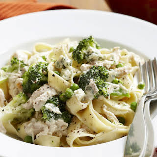 Creamy Chicken and Broccoli Pasta.