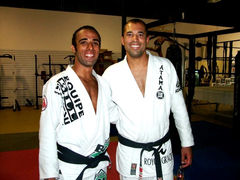 Photo: Bill and Royce Gracie