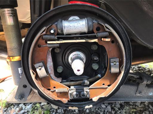 ブレーキ 交換 ドラム