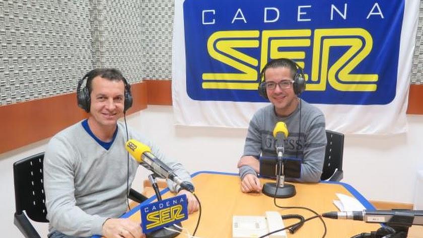 Paulino Granero visitó los estudios de Cadena Ser Poniente.
