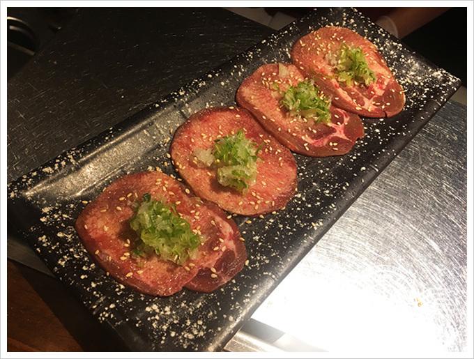 中堂燒肉 富民店薄鹽牛舌320元