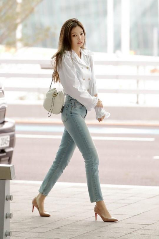 jen jeans 3