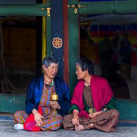 Tete-a-Tete at Memorial Chorten, Thimpu Stupa, Thimpu, Bhutan by Ketan Vikamsey - People Street & Candids ( thimpu, canon5dmarkiv, pic of the day, canonusa, wonderful places, thimpu chorten, lonelyplanet, lonelyplanetmagazineindia, natgeohd, bhutanese, worldphotographicforum, bhutan tourism, memorial stupa, canonphotography, fotorbit, great nature, natgeo, photo of the day, kv kliks, natgeotravel, gross national happiness, travel the world pix, bbctravels, ketan vikamsey )