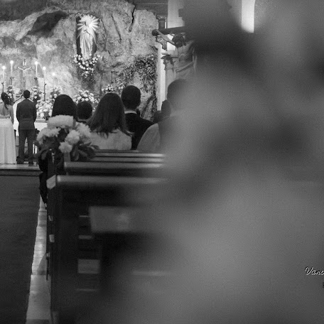 Fotógrafo de bodas Vanesa Carreras bianconi (VanesaCarrerasB). Foto del 17.05.2016