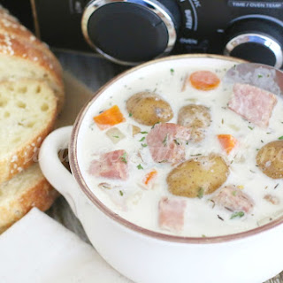 Crock Pot Potato & Ham Soup