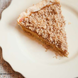 Pumpkin Pie with Walnut Topping