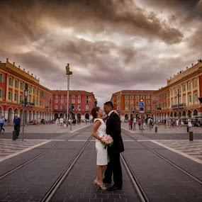 Massena by Philippe Grosvald - Wedding Bride & Groom ( wedding on french riviera, wedding in nice, mariage à nice )