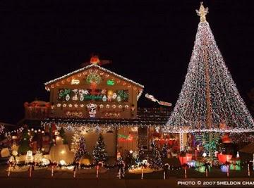 Christmas Decor & Baking Goods
