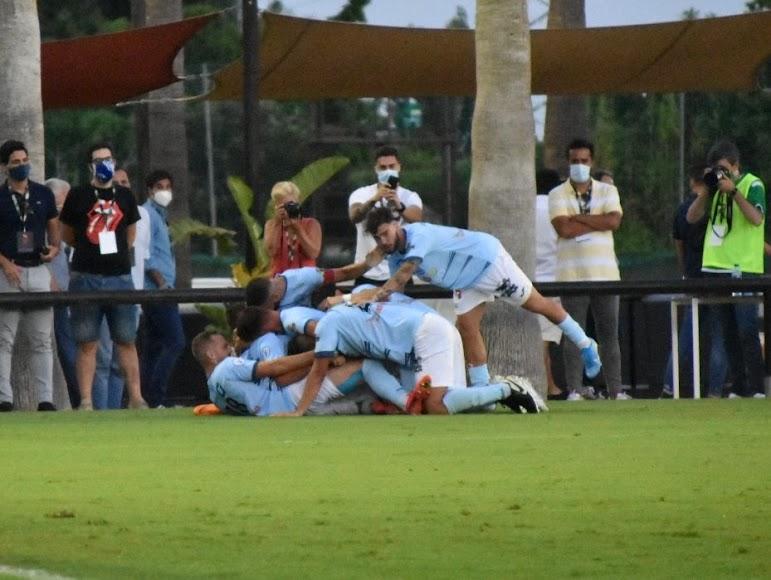 El gol que les ha dado el ascenso fue muy celebrado.