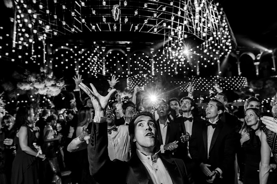 Wedding photographer Víctor Martí (victormarti). Photo of 20.12.2017