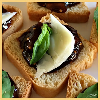 Cheese, Fig, and Basil Hors D'Oeuvre Recipe