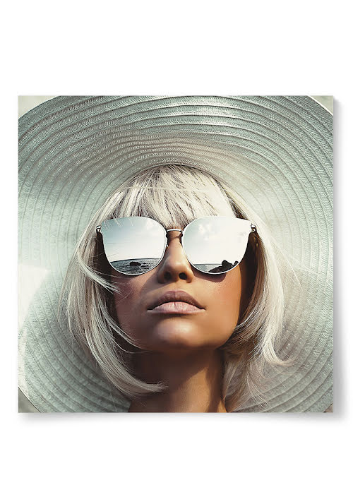 Poster Kvinna Hatt och Solglasögon