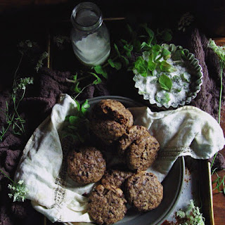 Sir Thomas Sharpe's Dark Chocolate + Garden Mint Cookies