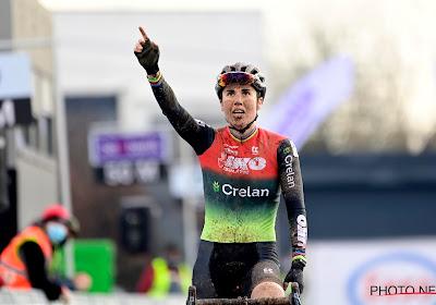 """Ciclismo Mundial stelt ex-renster aan als ploegleidster van Cant en Alvarado: """"Hoop dat Van der Poel motivatie kan zijn"""""""
