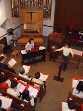 Photo: 聖歌隊練習(2007年)