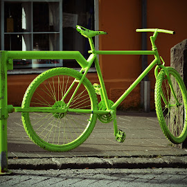 Re-cycle by Ben, Instagram: @bgrantphotos - Novices Only Street & Candid ( cycle, iceland, recycle, my1eye, bike, green, street )