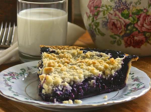 Homemade Wild Blueberry Pie With Crumb Top! Recipe
