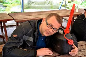 Photo: Kanister wina domowej roboty przekazany na aukcję przez Węgrów  fot.Danek