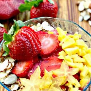 Strawberry Smoothie Bowls #SundaySupper Recipe