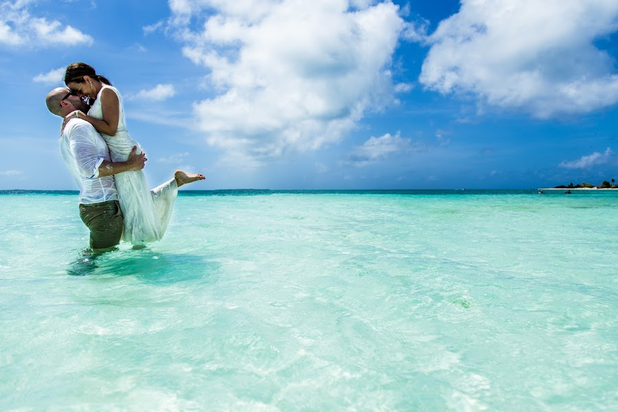 Wedding photographer Victor Rodriguez urosa (victormanuel22). Photo of 11.04.2019