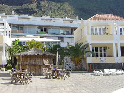 THE HOTEL - Outdoor Areas