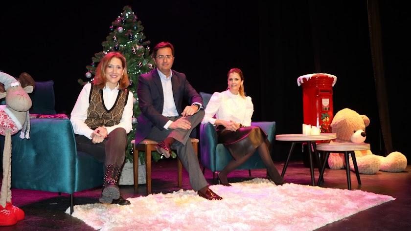 Presentación de la programación en El Ejido con ambientación navideña.