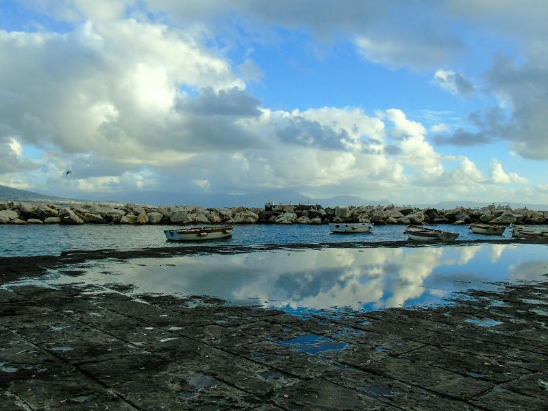 Nuvole a Mergellina di Roberta Ricciardi