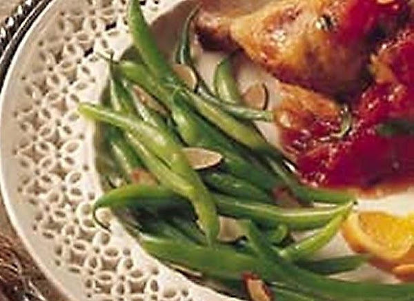 Green Beans With A Touch Of Honey And Almonds Recipe