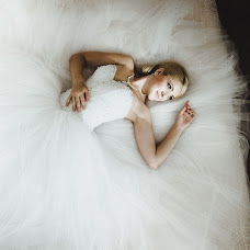 Wedding photographer Yan Belov (Belkov). Photo of 09.09.2013