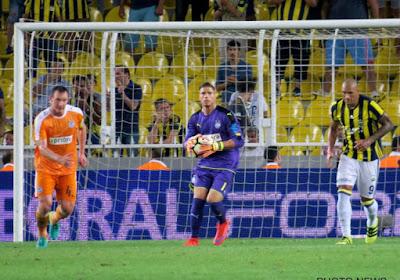 """Mouscron a un gardien de but avec l'expérience de l'Europa League : """"C'est une bénédiction d'être ici"""""""