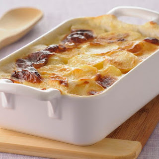 Creamy Scalloped Potatoes With Ham.