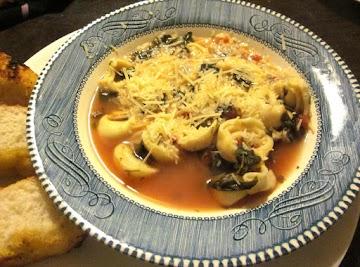 Super Quick And Easy Tortellini Soup Recipe