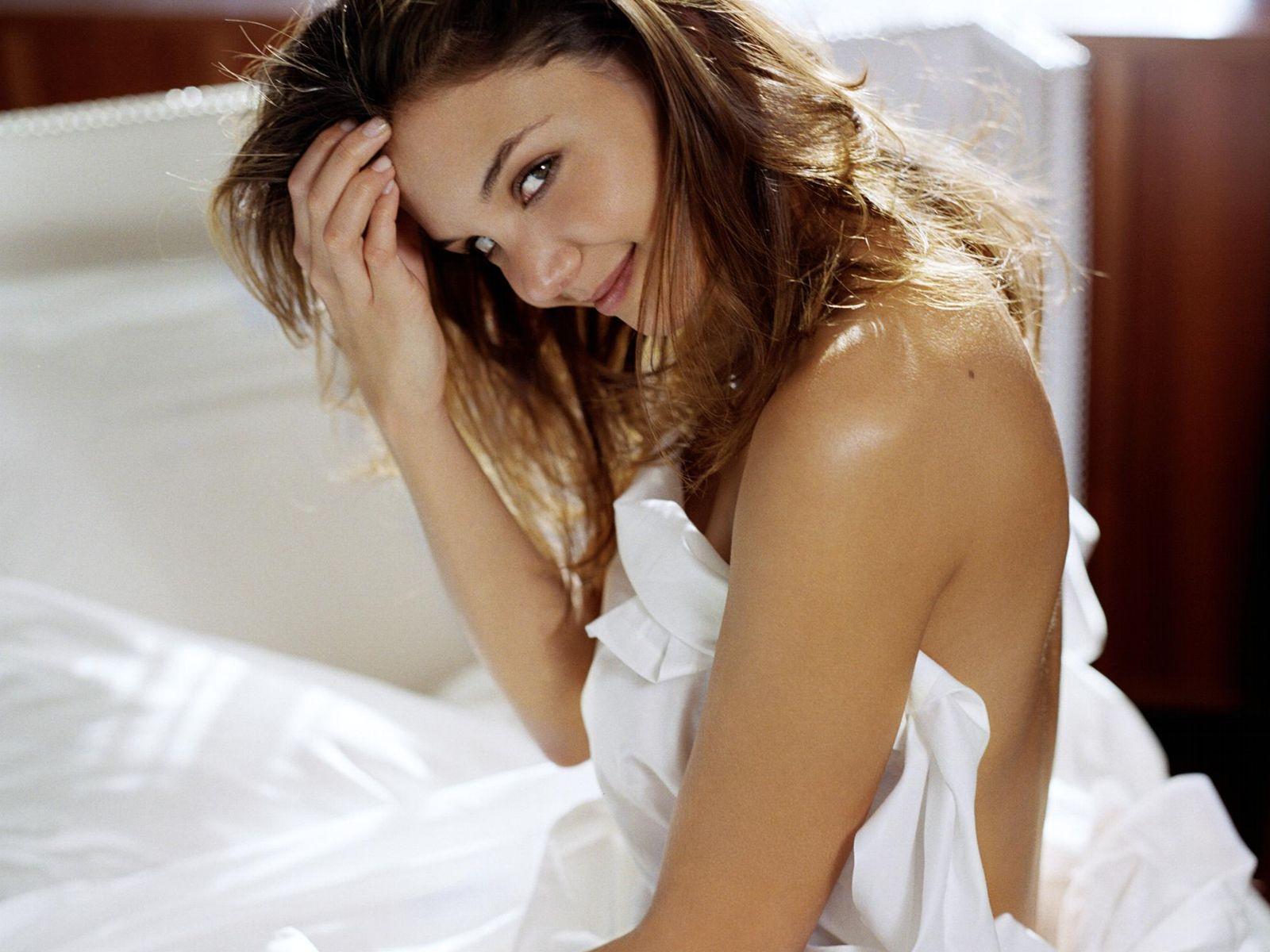 Katie Holmes Movie Nude