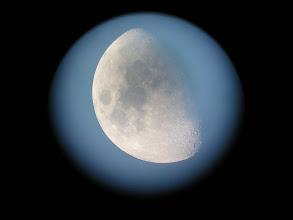 Photo: La Luna di giorno