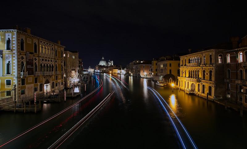 Ponte dell'accademia, Venezia di -JOKER-