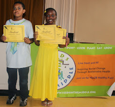 Photo: Model Hip2B Healthy Market student ambassadors. We are so proud of you.