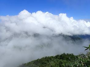 雲の上に出るが・・・