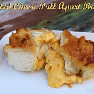 Grilled Cheese Pull Apart Bread #Recipe