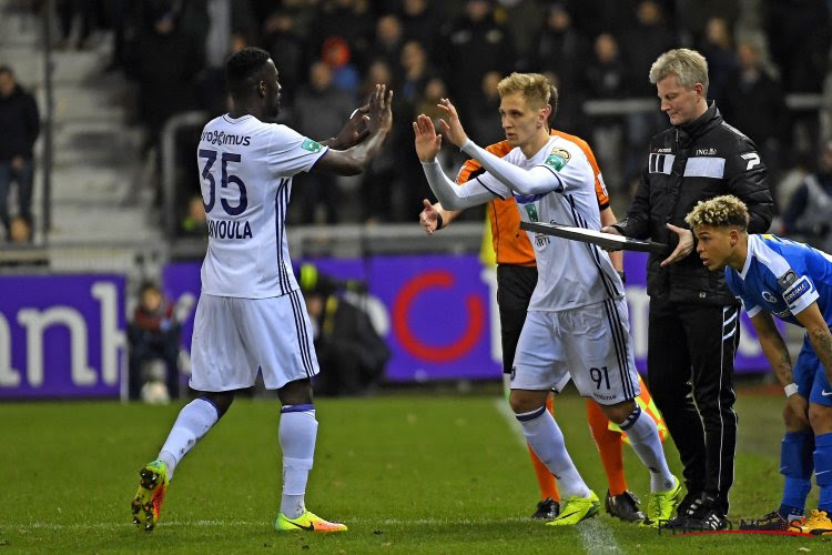 """Verbazing over opvallende basisplaats bij Anderlecht: """"Dat je Ganvoula moet opstellen, daar stel ik me vragen bij"""""""