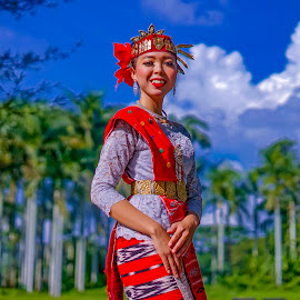 Samosir Island Dancer - Devi Sinaga by Dian Manik - People Professional People